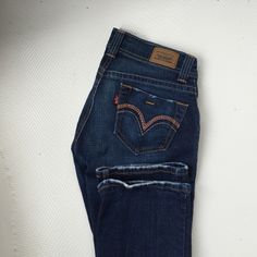 Jeans Levi's jeans. Size 7. Only worn a couple times. Make an offer! Levi's Jeans Straight Leg