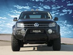 Delta Nudge Bar - Volkswagen Amarok(Colour:Polished,Spotlight/UHF Brackets:Yes) Vw Amarok V6, Bull Bar, Car Goals, Car In The World, My Ride, Pickup Trucks, Offroad, Jeeps, Motors