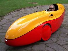WAW Salvador Lopez Gallart - Electric velomobile - very efficient they say.