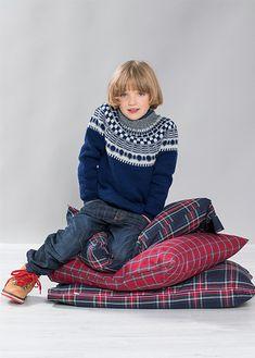 Gratis strikkeoppskrifter - Last ned strikkemønster på våre nye sider Fair Isles, Denim, Knitting, Boys, Jackets, Fashion, Threading, Kids, Down Jackets