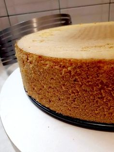 Savršeni Biskvit,i još neki Savršeni — Coolinarika Sweet Desserts, Easy Desserts, Croation Recipes, Baking Recipes, Cake Recipes, Torta Recipe, Kolaci I Torte, Torte Cake, Just Cakes