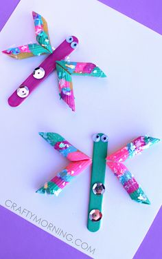 This unique noodle craft tutorial shows your child how to create Pretty Pasta Dragonflies in a cinch. Take the opportunity to share fun facts about this fascinating insect with your child when the both of you make this craft idea for kids. Animal Crafts For Kids, Spring Crafts For Kids, Summer Crafts, Projects For Kids, Art For Kids, Craft Projects, Popsicle Crafts, Craft Stick Crafts, Preschool Crafts