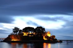 Castelo Sta Cruz. A Coruña.P. Chan Travel Videos, Travel Pictures, To Go, Celestial, Sunset, World, Outdoor, Castle, Travel Photos