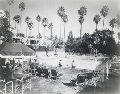 The swimming pool scene at the Beverly Hills Hotel in 1942