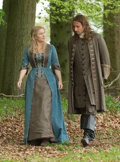 Kate Winslet and Matthias Schoenaerts in 'A Little Chaos'. Gabriel Oak, A Little Chaos, Matthias Schoenaerts, Hourglass Dress, Bad Image, Alan Rickman, Movie Costumes, Kate Winslet, Period Dramas