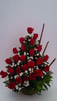 Arreglo de rosas rojas