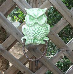 Owl~ Towel  Holder   Vintage 70s  Green  Kitchen Towel Holder. $18.50, via Etsy.