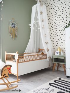 New baby room wallpaper farrow ball ideas Bedroom Green, Baby Bedroom, Kids Bedroom, Bedroom Decor, Farrow Ball, Rustic Baby Rooms, Room Wallpaper, Fashion Room, Room Colors