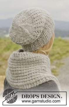 """Astrid - Knitted DROPS hat and neck warmer in """"Eskimo"""". - Free pattern by DROPS Design"""