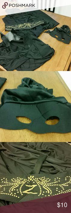 Zorro Halloween Costume Zorro shirt, mask, belt and cape. Just add pants. Men's XL. Other