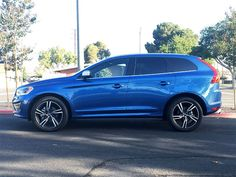 2017 Volvo XC60 Road Test and Review by Carrie Kim