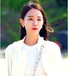 Angel's Last Mission: Love Shin Hye-sun Inspired Earrings 009 Korean Actresses, Korean Actors, Actors & Actresses, Korean Dramas, Sea Wallpaper, Drama Tv Shows, Golden Life, Tv Awards, Size Zero