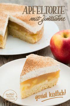 Diese Apfel-Sahne-Torte ist einer der allerbesten Apfelkuchen überhaupt: Auf den nur leicht süßen Mürbeteig folgen eine saftige, erfrischende Apfel-Pudding-Füllung und leckere Vanille-Zimt-Sahne. Dieser Apfelkuchen kommt immer gut an!