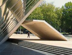 Porto, Casa da Musica. Rem Koolhaas