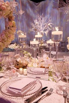 Great Winter Wedding Ideas- from cost saving tips, to decor and seasonal favors!