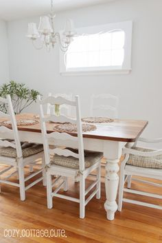 benjamin moore gray owl lightened by 50% so its a light soft gray paint colour in a dining room
