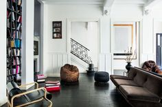 Franca Sozzani's living room. Photo: Matthieu Salvaing/Architectural Digest