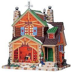 Lemax Village Collection -Cozy Cabin