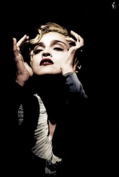 Madonna Vogue, Lady Madonna, Madonna 80s, Music Icon, I Icon, Madonna Tattoo, Madonna Looks, Madonna Pictures, Classic Image