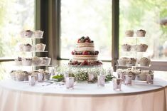 Is anyone else drooling over this cake display?  Photography by Bellagala