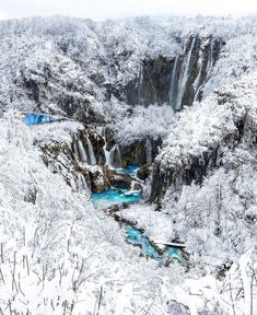In winter, the natural wonderland of Plitvice Lakes transforms ❄️Learn more about this stunning national park at our link in bio! courtesy of Day Trip To Nyc, Madrid, Bali, Destinations, Plitvice Lakes National Park, Whitewater Rafting, Travel Abroad, Travel And Leisure, Travel Photographer