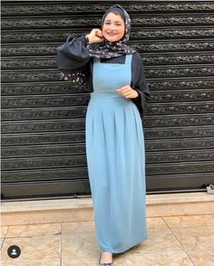 Fashion designers are presenting to us the most modern and modest designs, just for all women who have a fashionable taste in hijab clothing. Islamic Fashion, Muslim Fashion, Fashion Wear, Fashion Dresses, Egypt Fashion, African Prom Dresses, Hijab Trends, Hijab Fashion Inspiration, Neutral Outfit