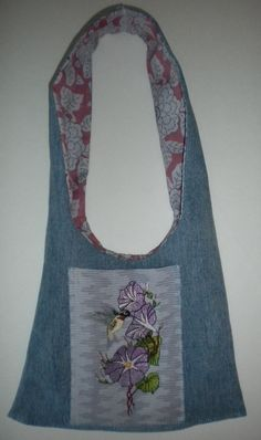 Bag done from leg of recycled jeans instructions in the Morning Glory Hummer set. Hummer, Sewing Ideas, Machine Embroidery, Crocheting, Knit Crochet, Recycling, Quilting, Therapy, Reusable Tote Bags