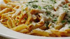 Penne and Vodka Sauce Video