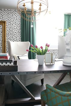 The House of Silver Lining: The Green Room: Blogger Stylin' Home Tours