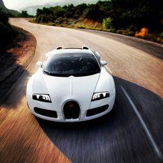 Gorgeous White Bugatti Veyron