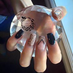 black & rose gold chevron ♡ More