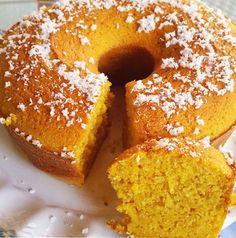 Esse bolo de abobora low carb ficou muito molhadinho, com uma massa leve e deliciosa. Se você confia em mim, trate de experimentar esse bolo de abobora docinho, um bolo low carb com baixo carboidrato. Uma receita de bolo fácil, simples e rápida de fazer. Bolo de Abobora Low Carb