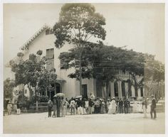 Men and Women in Fashionable Garb in downtown, Georgetown, British Guiana,  circa 1900 (fr Andrew Jeffrey's photos)