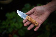 helle-mandra-fixed-blade-survivorman-knife-review
