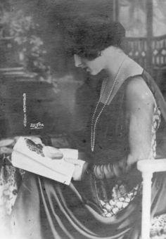 Regina Mamă Elena a României