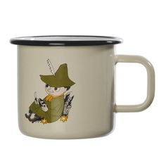 This smaller cream-colored Snufkin mug is easy to use and durable. The Snufkin mug is perfect for children due to its smaller size. Muurla combines design with durability in this retro enamel mug.