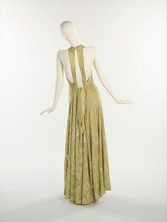 Evening Ensemble by Elsa Schiaparelli (Italian, 1890–1973).  Department Store: Henri Bendel (American, founded 1895). Date: 1938. Culture: French. Medium: silk, metal.