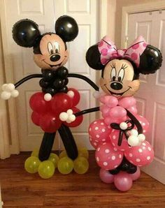 Micki and minnie balloons!!! Great for a birthday party!!!