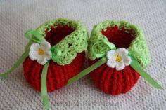 Anfänger-Häkel-Anleitung: Erdbeer-Schuhe fürs Baby