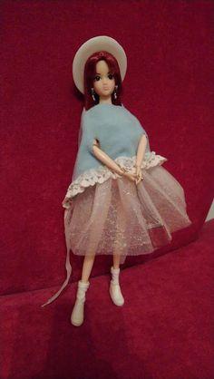 "Provocari Verzi - Metamorfoza unui fluture -: Galeria de creatii: #06 ""Tinuta Reciclata: Uniforma."" Harajuku, Challenges, Style, Fashion, Swag, Moda, Fashion Styles, Fashion Illustrations, Outfits"