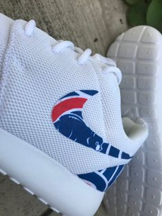 Chicago Cubs Custom Nike Roshe One Cubs Apparel, Cubs Pictures, House Of David, Chicago Cubs Baseball, Roshe One, Sports Activities, Foot Locker, Nike Roshe, Cubbies