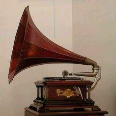 Vitrola gramophone