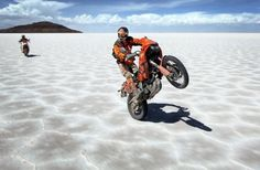 KTM 640 Adventure on the salt flats KTM motorbike - http://www.youmotorcycle.com