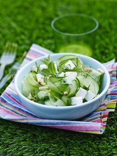 Tagliatelles de concombre à la menthe et à la féta : la recette facile
