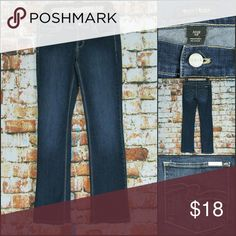 "WHBM Sleek Boot Distressed Wash Jeans NOIR The jeans are in good pre-owned shape! They are marked a Regular but measure a long inseam  Waist: 32"" Inseam: 34"" White House Black Market Jeans Boot Cut"