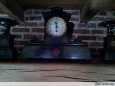 Gebruikt: 1 kandelaar is licht beschadigd vrij oud zie fotos (Klokken & Barometers) - Te koop in Retie