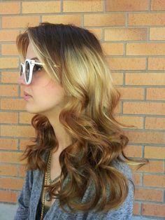 New hair trends Hair Lights, Light Hair, Short Curly Hair, Wavy Hair, New Hair Color Trends, Messy Bob Hairstyles, Short Hairstyle, Medium Hair Styles, Long Hair Styles
