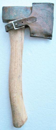 Vintage GENUINE NORLUND Axe Hatchet Tomahawk Primitive Old Tool w Leather Sheath