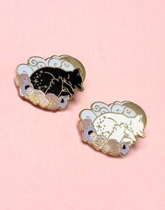 Sleeping cat hard enamel pin » Glitter Punk Jewellery
