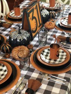 Moldes Halloween, Casa Halloween, Halloween Dinner, Halloween Home Decor, Holidays Halloween, Halloween Kids, Vintage Halloween, Vintage Witch, Vintage Holiday